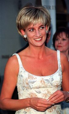 Princess Diana's ball gown sold for $127,000