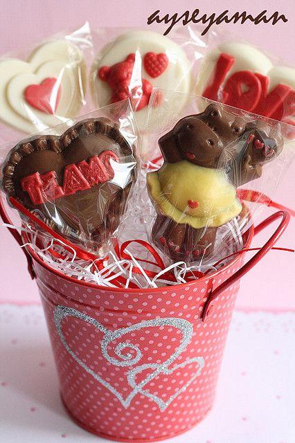 Valentine S Day Chocolate Lollipops Be Mine Pinterest