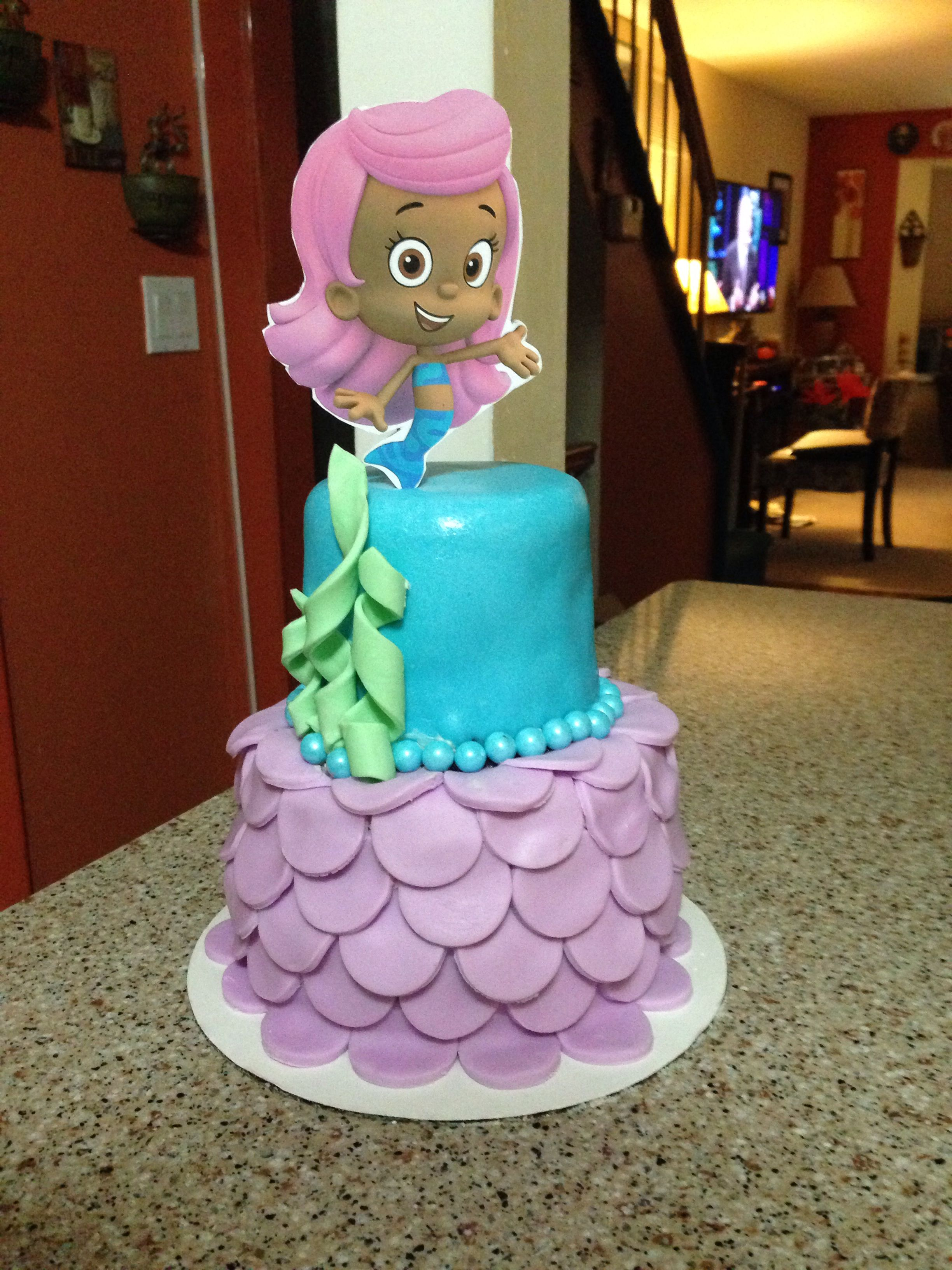 Bubble Guppie Cake For A First Bday Petitetreatcupcakes