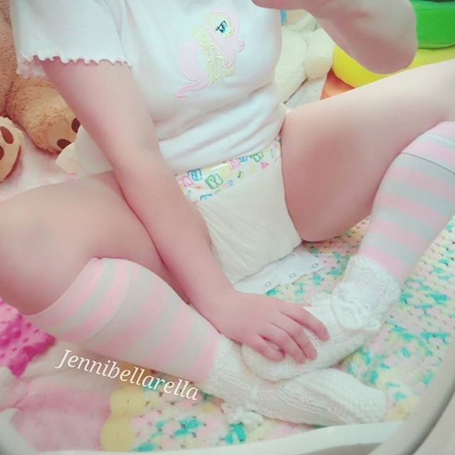 Luv these Luvs diapers, Baby girl closet, Lil baby