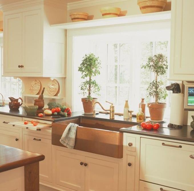 26 creatives farmhouse shelf above window ideas kitchen window shelves kitchen kitchen on farmhouse kitchen window id=84495