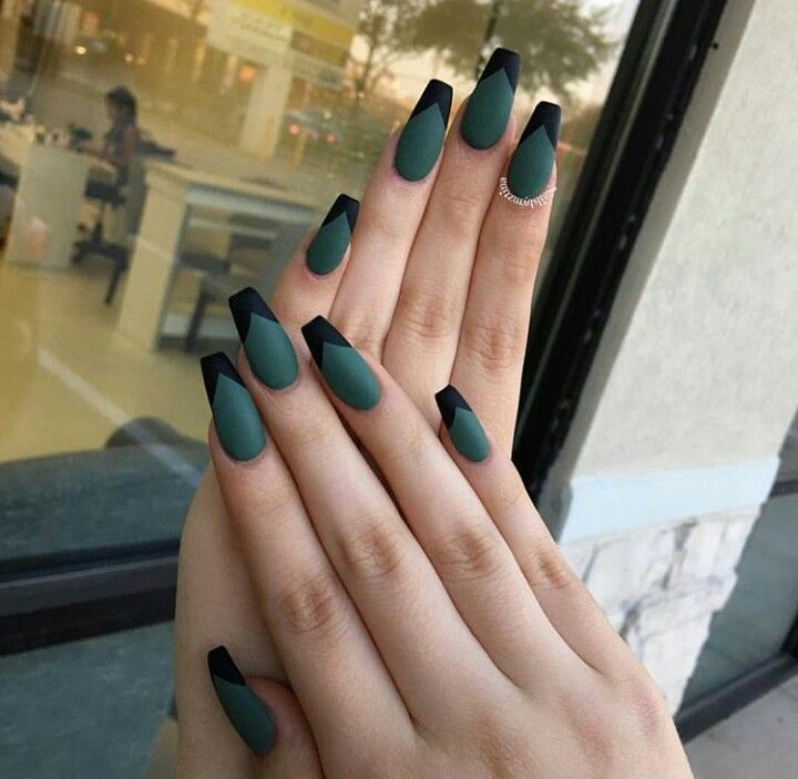 Matte Green Black Nails Use Desire Green Matte Laquer Past Curfew Colourcure Green Nail Designs Green Nails Trendy Nails