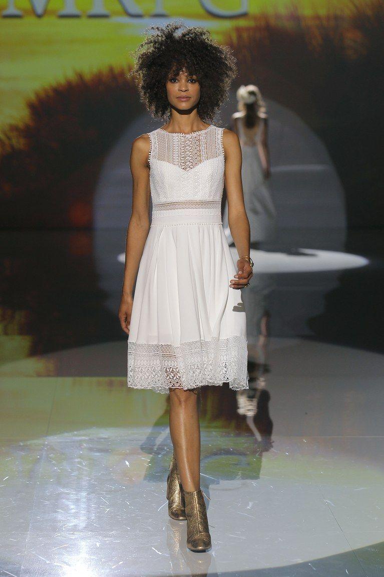 Wedding dresses for short women   Wedding Dresses for Petite Figures  dreamer  Pinterest