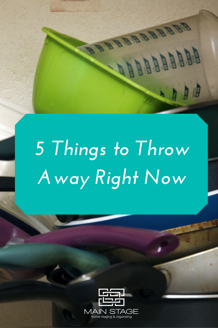 5 Things to Throw Away Right Now; kitchen delcuttering, home ...