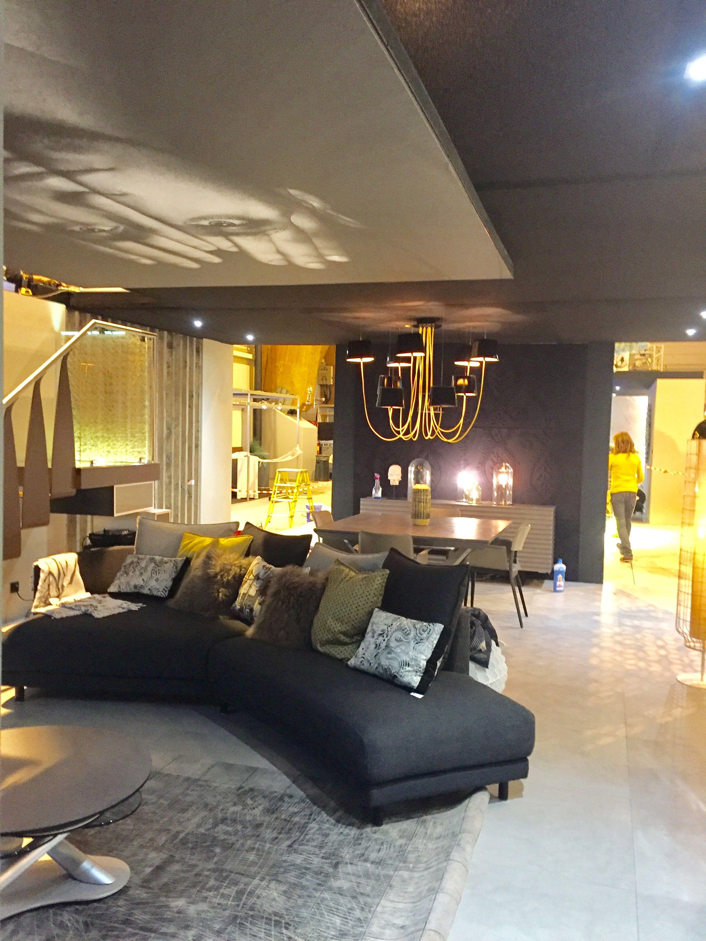 Vue Sejour Faux Plafond Salle A Manger Lustre Design Salle A Manger Deco Maison Plafond