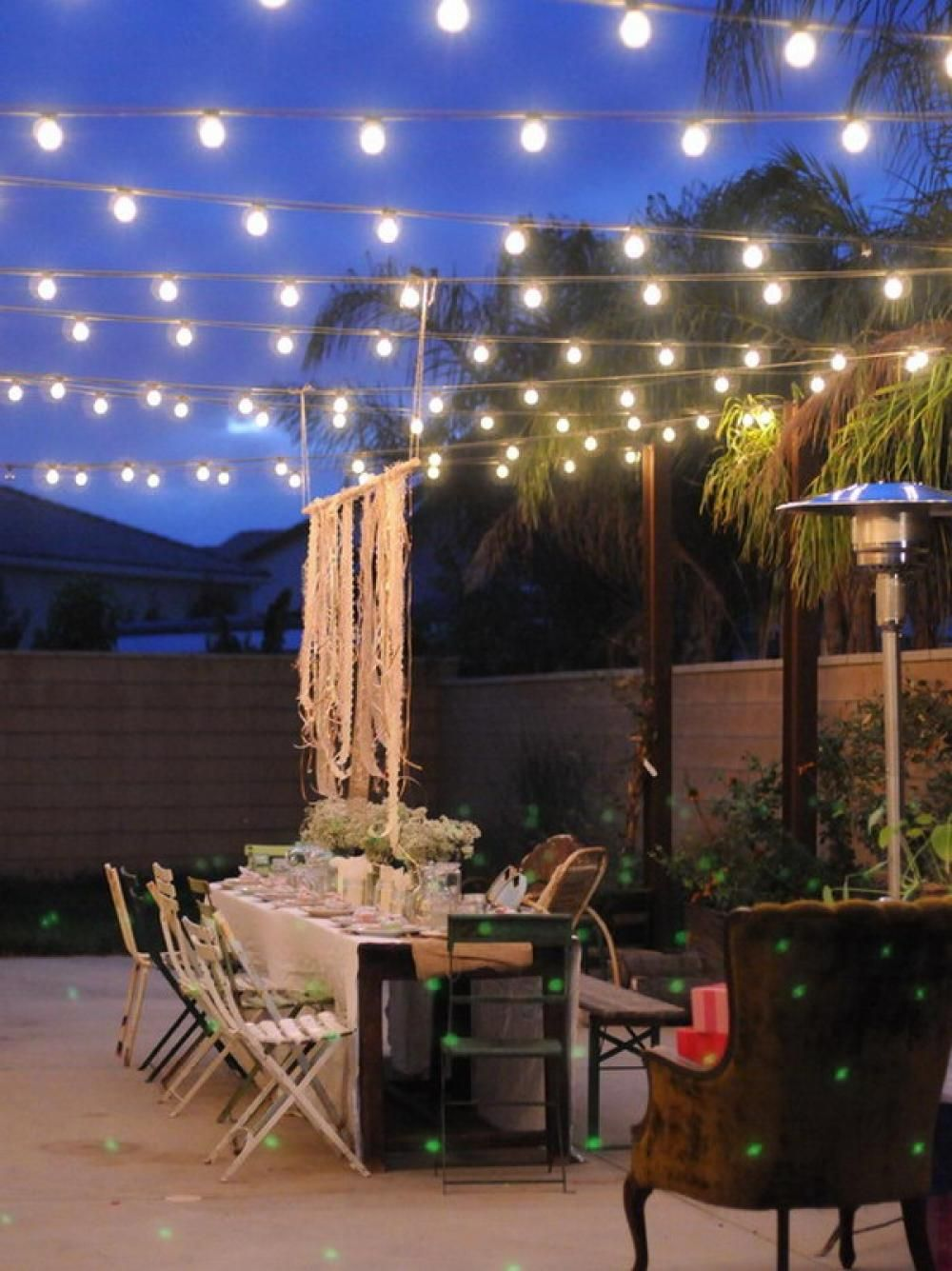 Lovely Sets Decoration Ideas For Romantic Outdoor Dining Room : Great Outdoor Patio  With Lights Design And