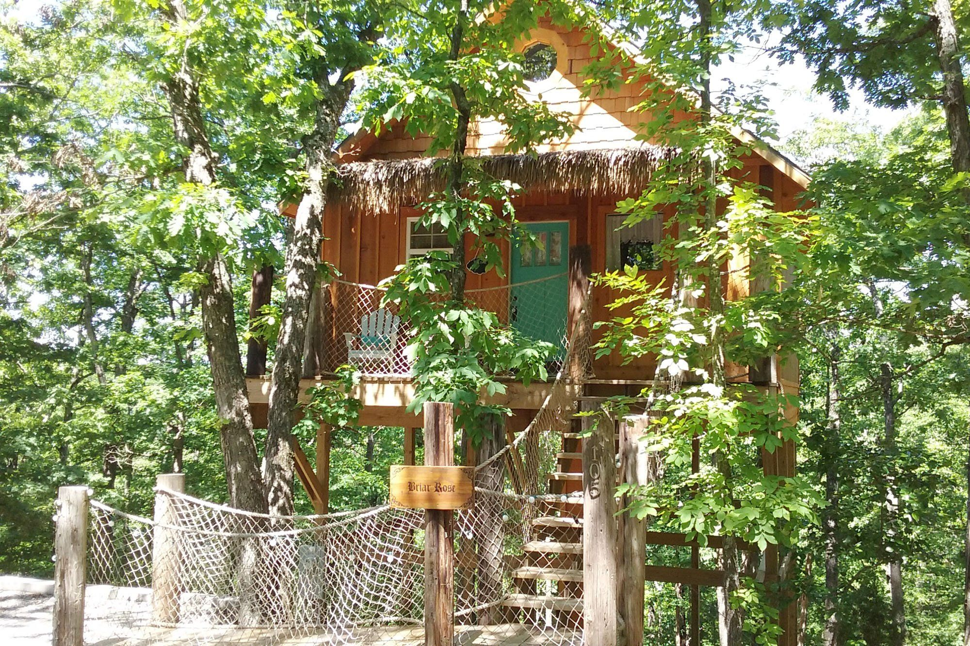 Book Your Luxury Treehouse Today Enchanted Treehouses In Eureka Springs Arkansas Tree House Eureka Springs Eureka Springs Ar