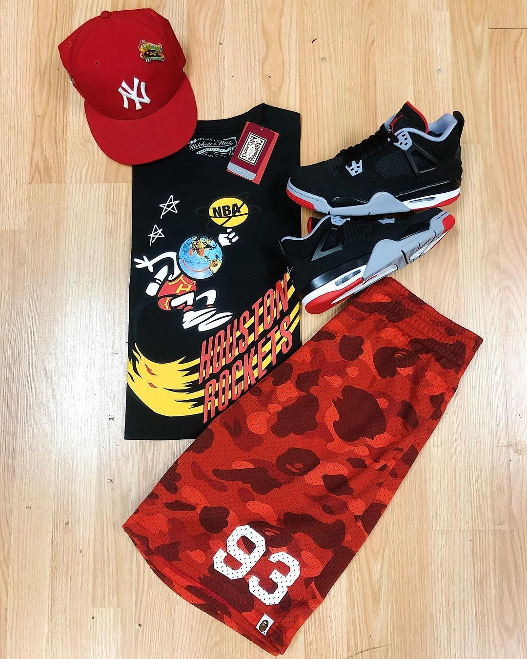 "50c90c15c79e ROTATE on Instagram: ""Whats in Rotation.. Brand new Bleacher Report x Travis  Scott x Mitchell & Ness Tee size XL for $110 Brand new Air Jordan 4 Retro  OG ' ..."