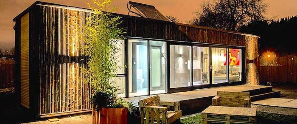 Prototype pour construire une maison container en 3 jours logements insolites pinterest - Construire sa maison en container ...