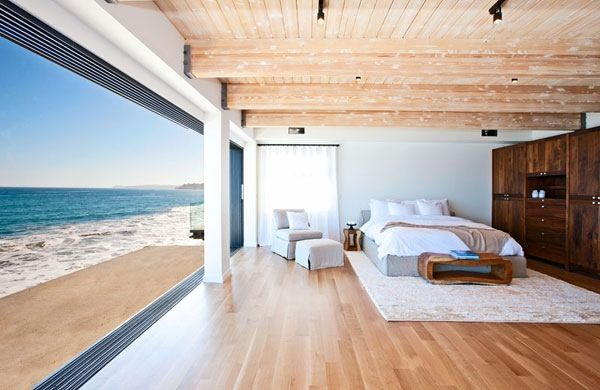 Celebrity Malibu Beach House Sports The Pacific For A Backyard ...