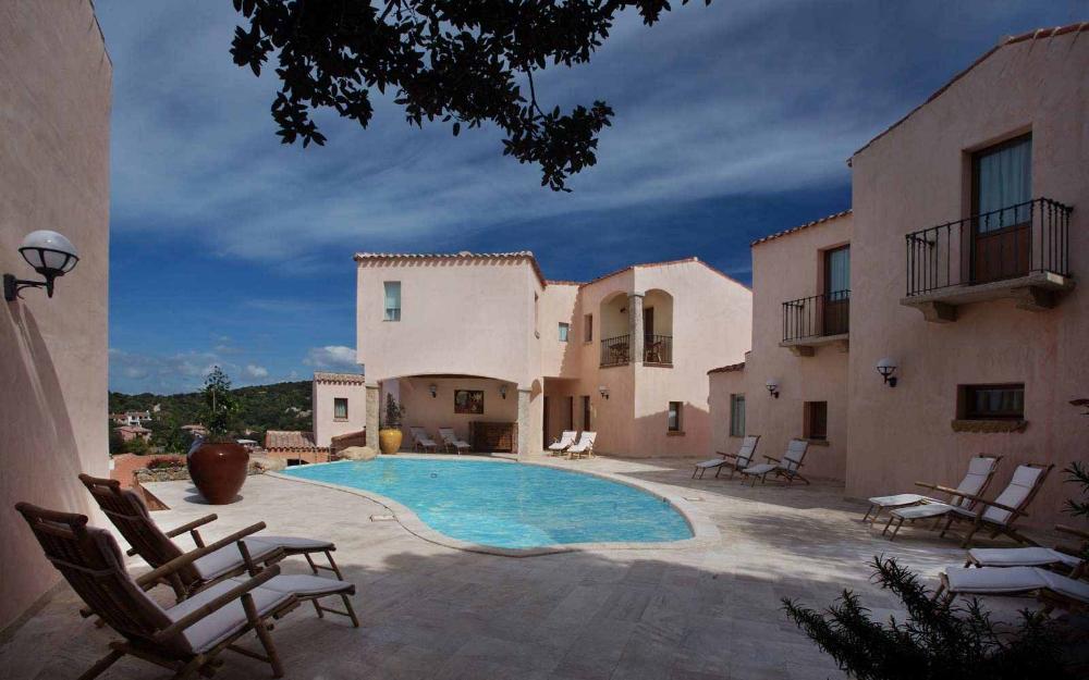Hotel Arathena, Costa Smeralda | Sardatur Holidays ...