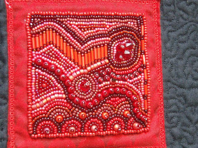 Red Block bead embroidery | Bead embroidery | Pinterest | Perlen ...