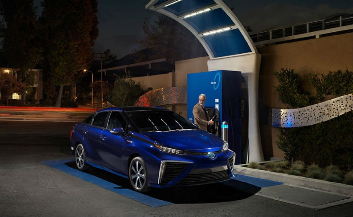 Toyota checking the viability of its hydrogen fuel cell