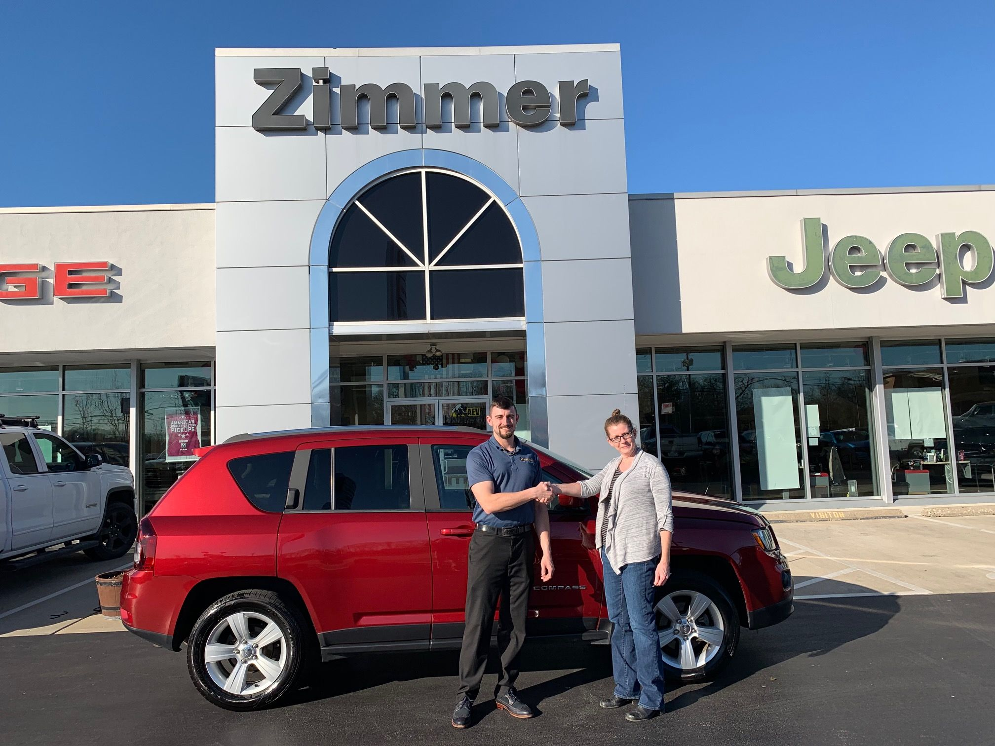 Alisa Fagre Was Looking For A Dependable Suv For Her Daily Drive After Seeing This 2014 Jeep Compass Online She Chrysler Dodge Jeep Car Dealership Jeep Dealer