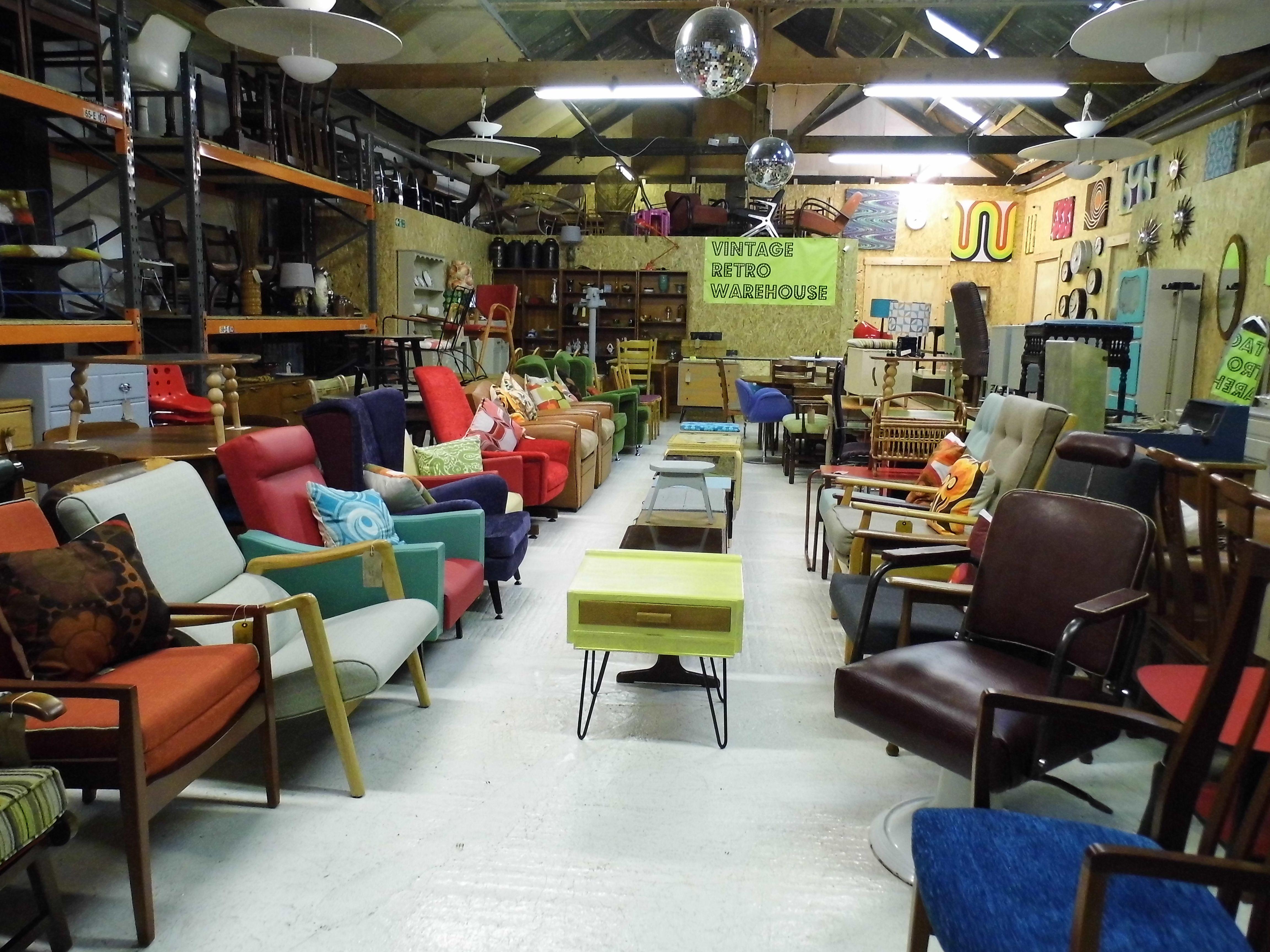 I Furniture Warehouse
