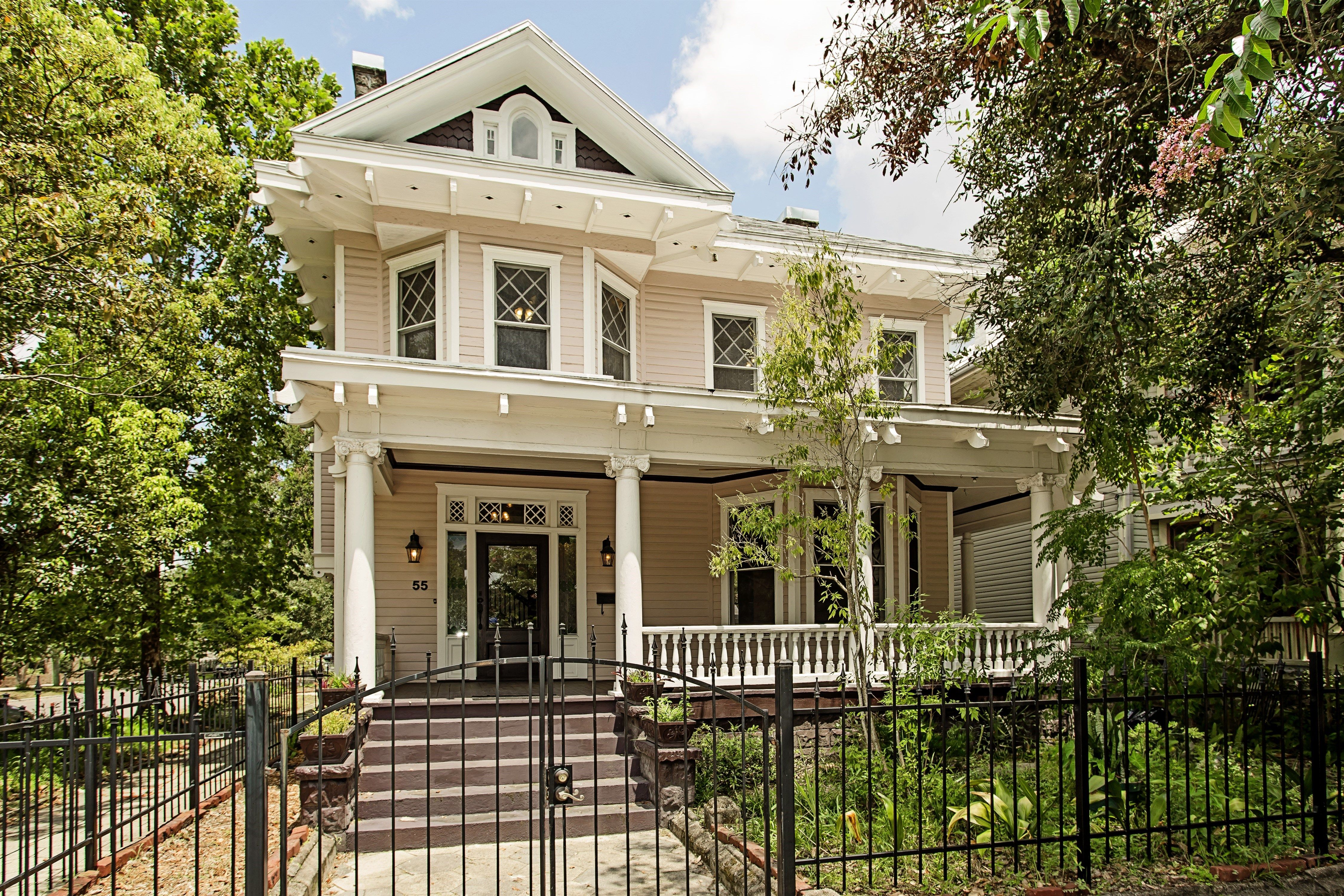Beautifully restored Victorian Home in the heart of ...
