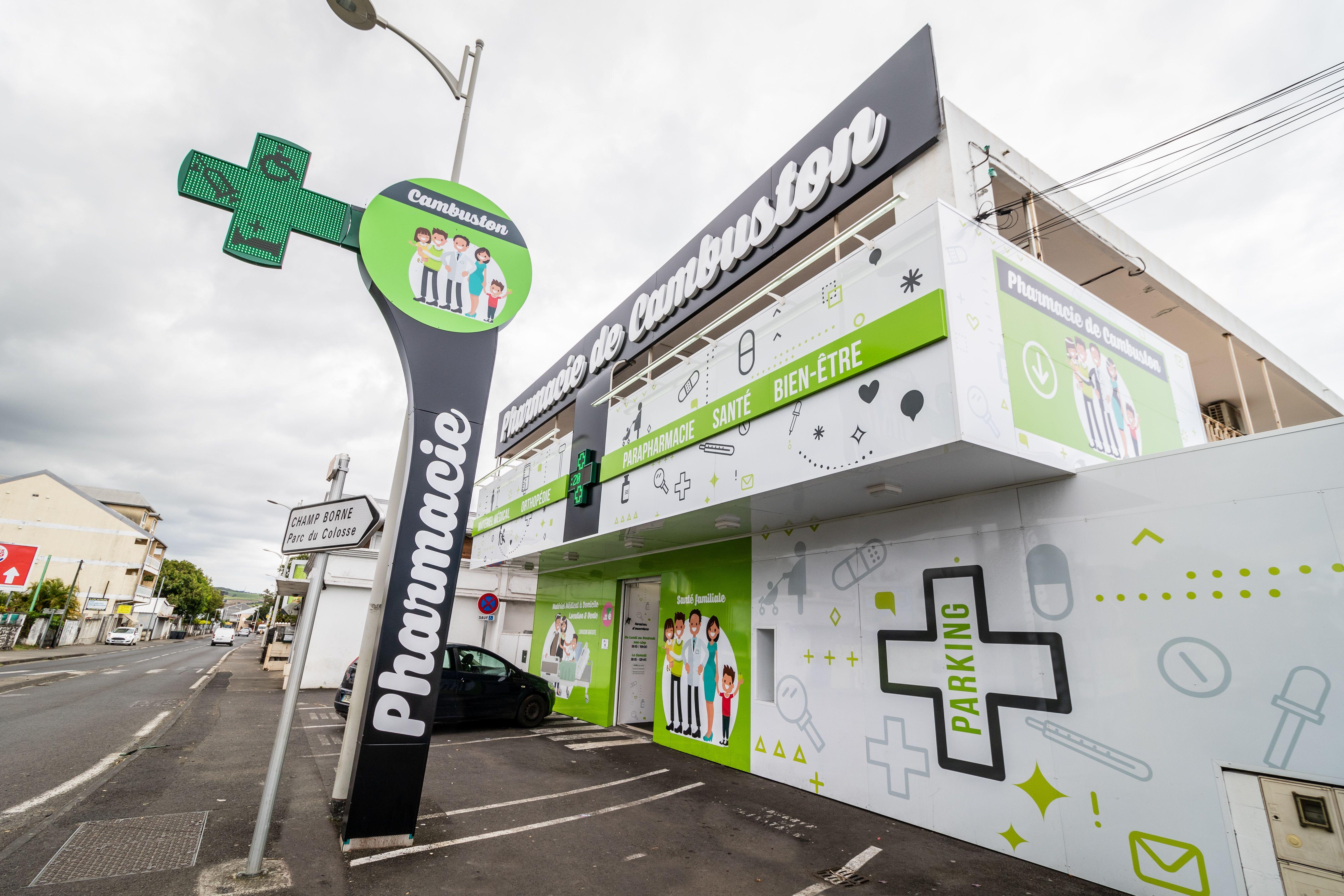 Facade Pharmacie De Cambuston Pharmacie Sante Bien Etre Bien Etre