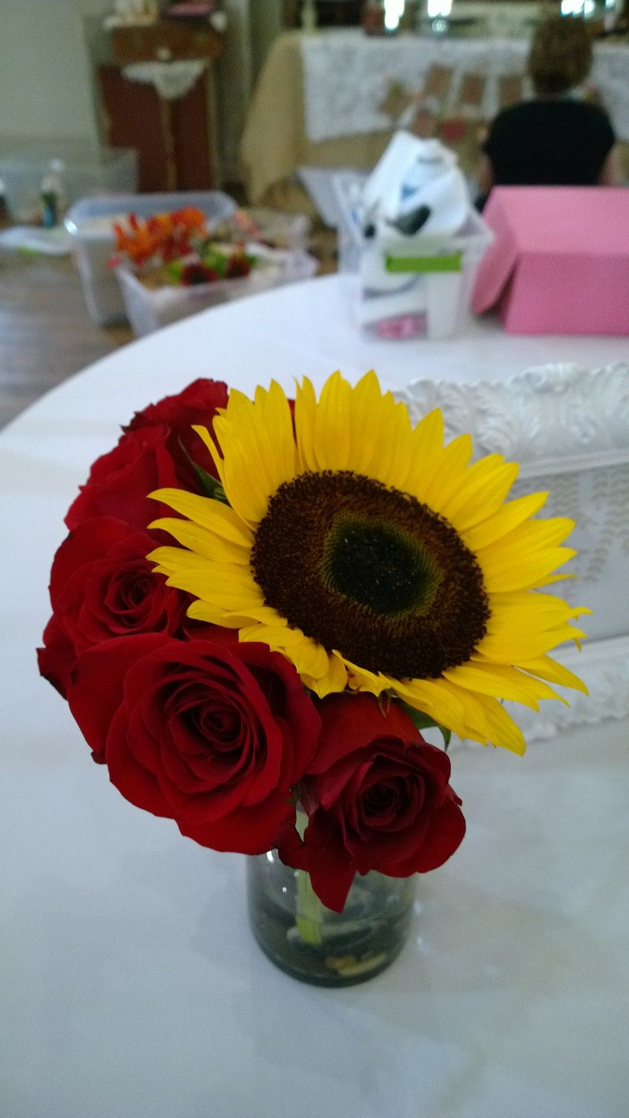 Sunflowers and white roses look beautiful in a bridal