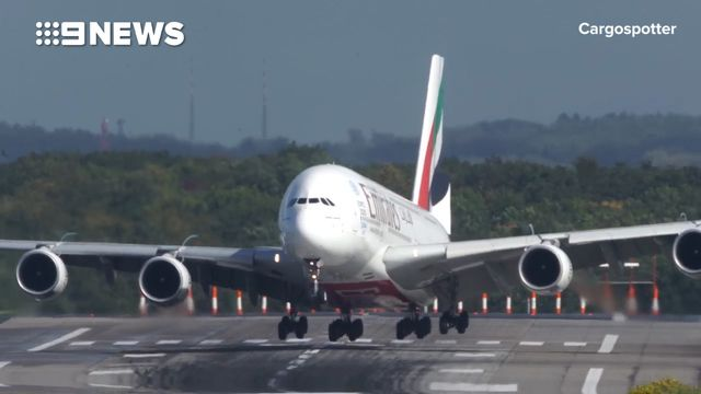 Airbus A380 zigzags on runway during 'unbelievable