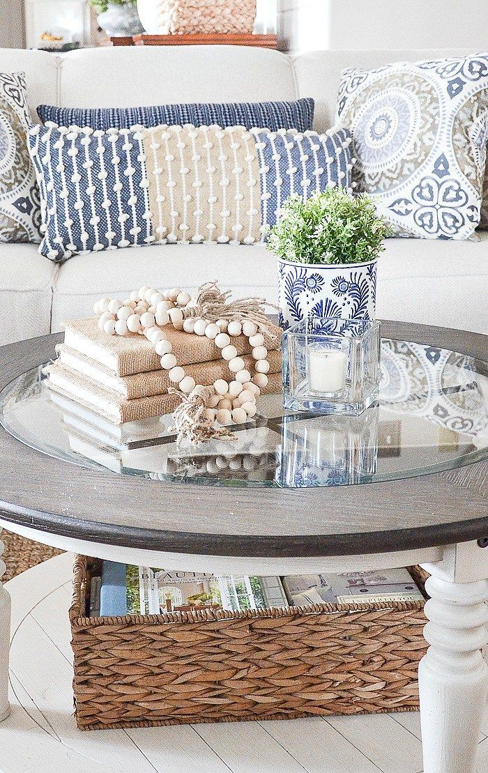 STYLE A ROUND COFFEE THE EASY WAY | Blue and White ...