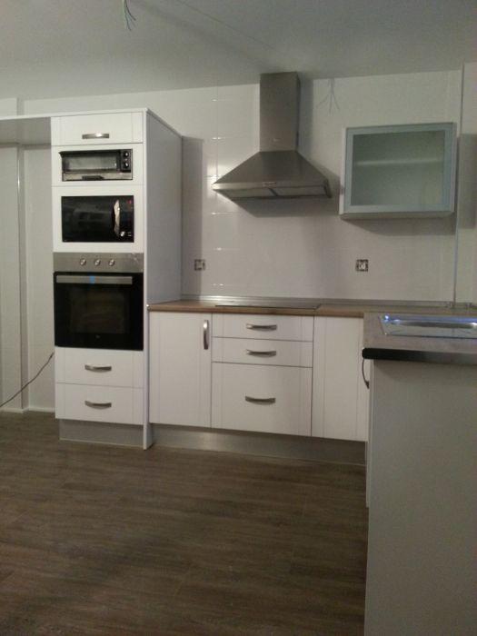 Cocinas con microondas integrado buscar con google - Cocina con microondas ...