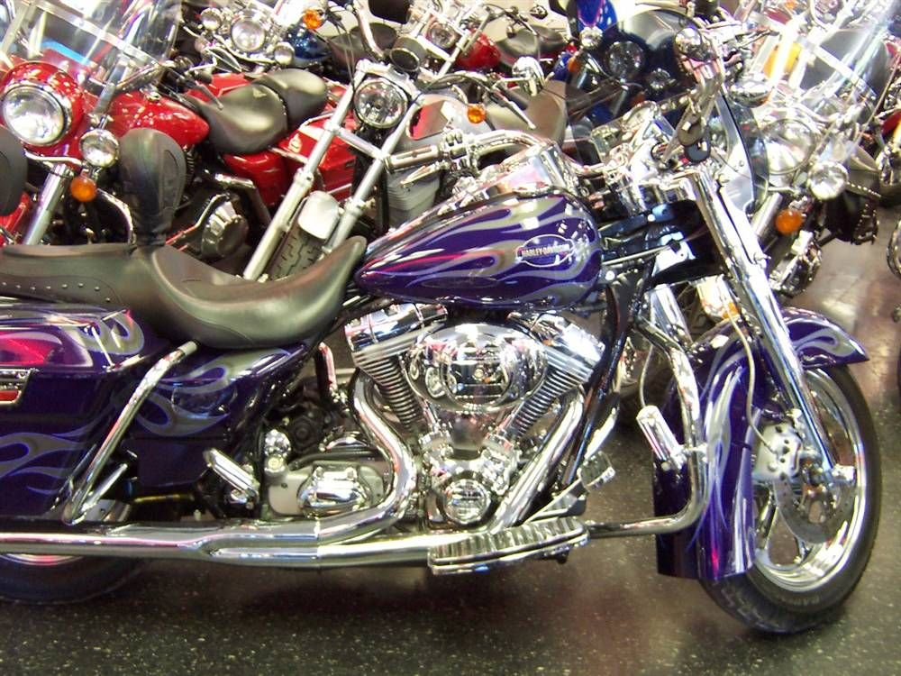 Purple/Silver 2002 HarleyDavidson Screaming Eagle Road