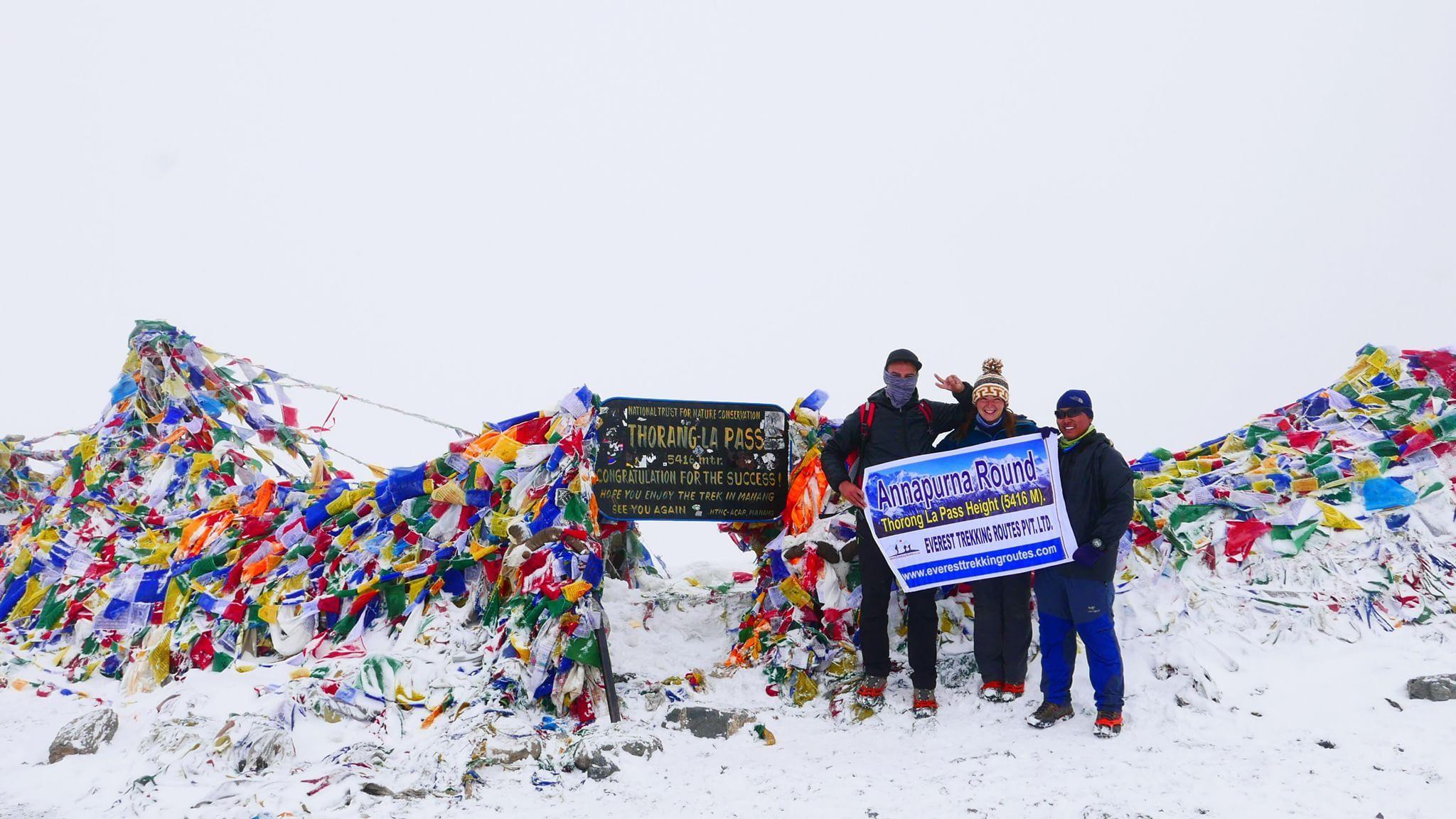 Annapurna round trek over the thorongla pass from everest