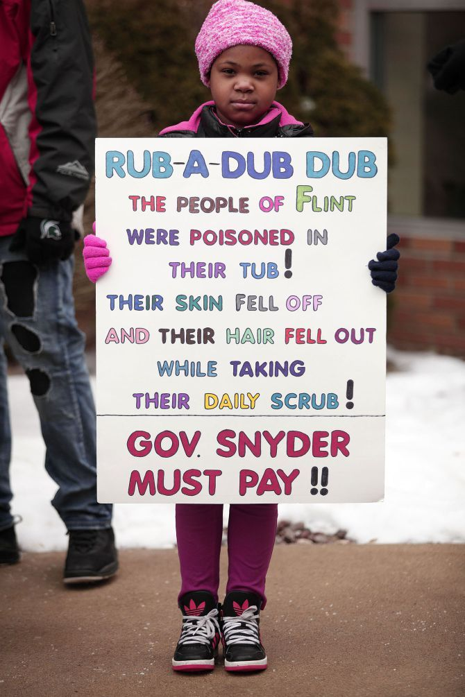 Inspiring Images From The Many Many Protests Of 2016 Flint Water Crisis Flint Water Flint
