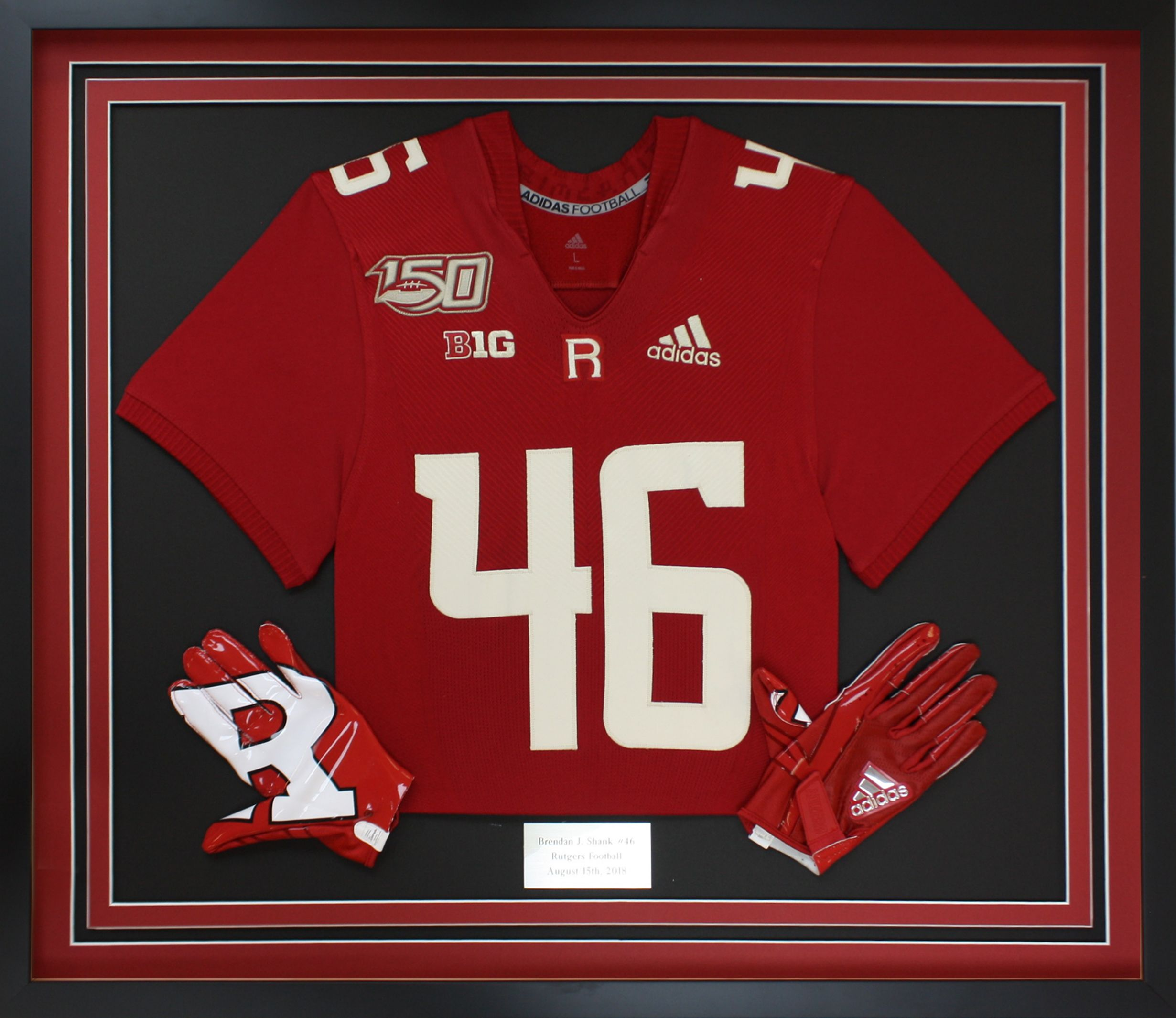 Rutgers Football Jersey Frame With Gloves In 2020 Football Jersey Frame Framed Jersey Rutgers Football
