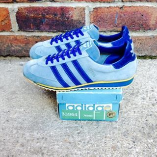super popular 83441 a9580 ORIGINAL MK1 JEANS SHOWING CLASSIC ADIDAS BOX - PERSONALLY IM NOT A HUGE  FAN OF THE JEANS RANGE BECAUSE THEY ARE IN PROFILE MORE LIKE A RUNNING SHOW  RATHER ...