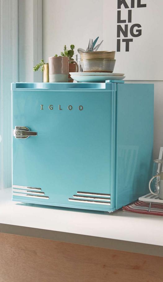 cute tiny fridge for spare bedroom | For the Home | Mini fridge ...