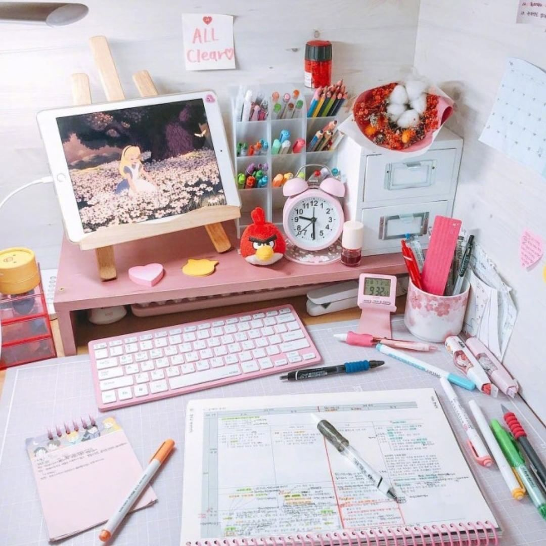 Productivity Boosting Study Room Ideas: Set Up Your Desk To Make It Boost Your Productivity