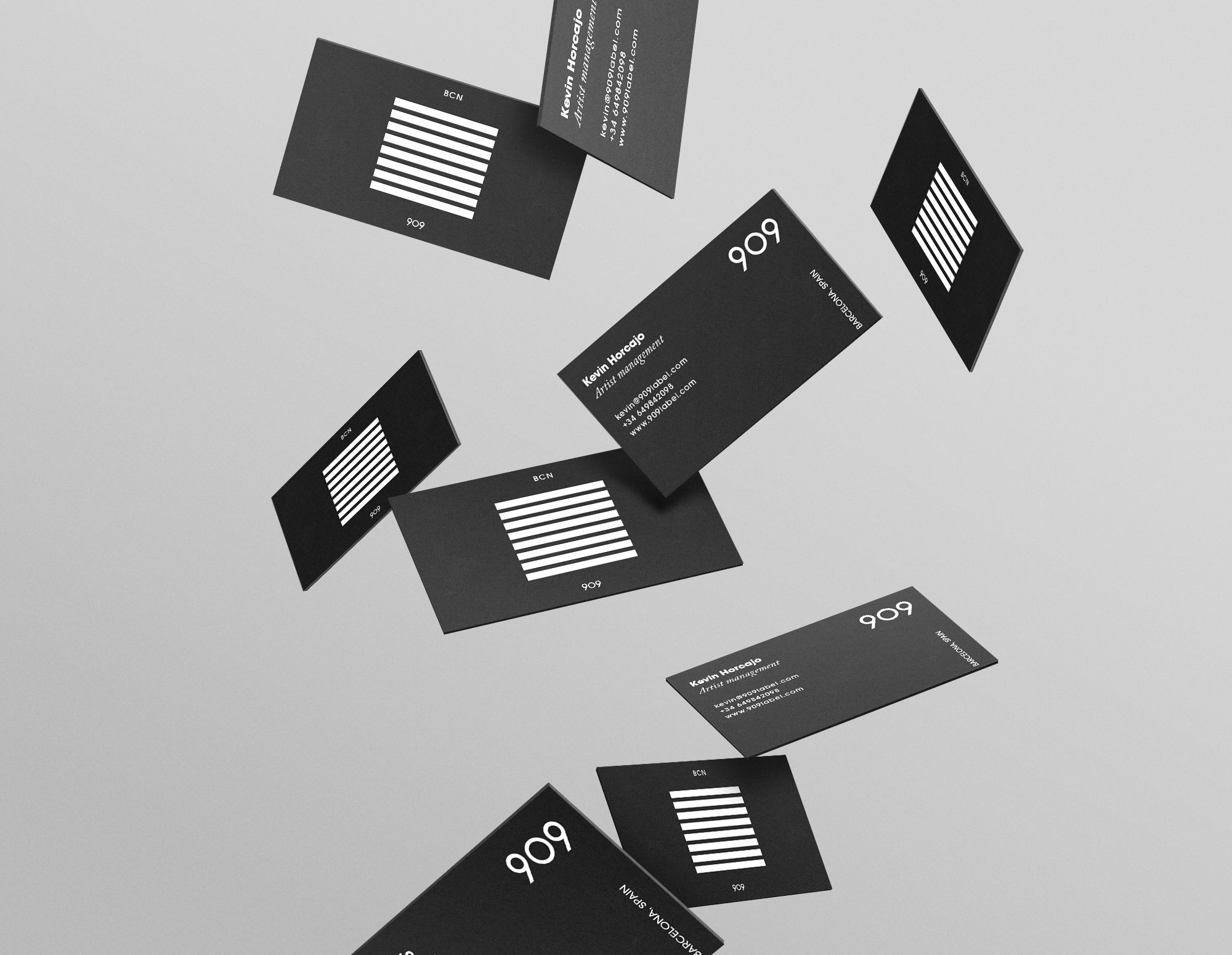 909 Label nueveceronueve Flying business cards Design by Carlo