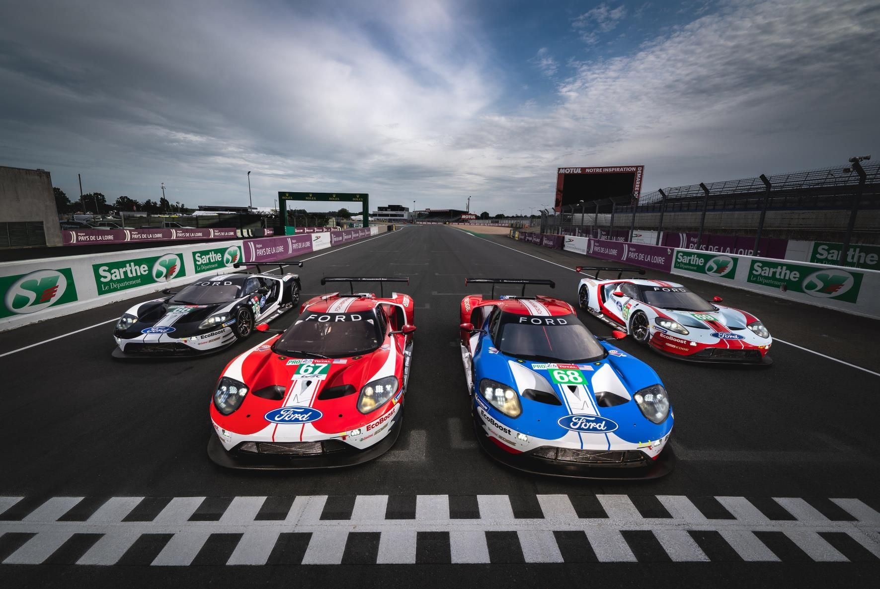 Pente Ford Gt Sto Le Mans Video With Images Ford Gt