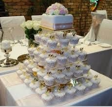Single Tier Square Wedding Cake Designs With Cupcakes