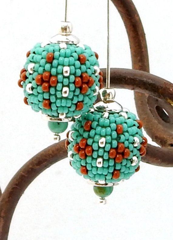 Longues boucles d'oreilles perle perlée Dangle par TheBeadedBead
