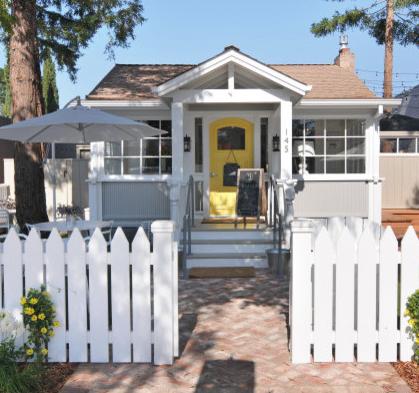 Eat Play Fall In Love With Los Altos Tiny Beach House
