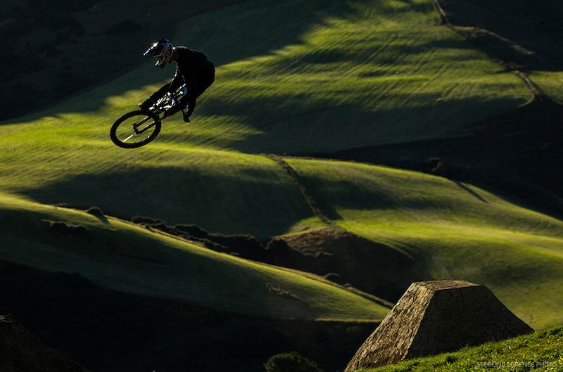 Photo Of Trek C3 Project In Queenstown New Zealand Brandon Semenuk Brandon Semenuk Bmx Freestyle Downhill Mtb