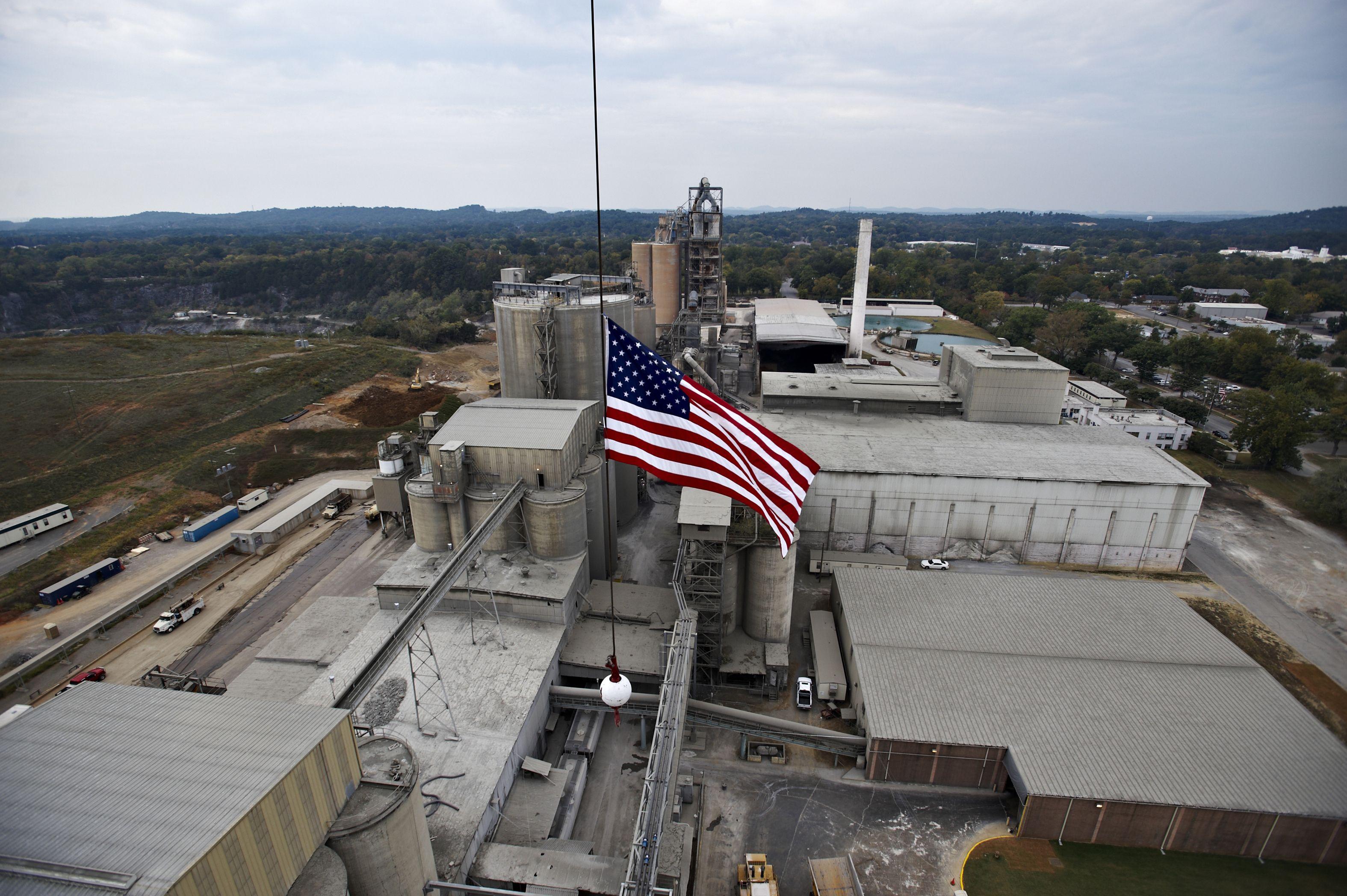 The Lehigh Hanson cement plant in Leeds, Alabama  | Cement