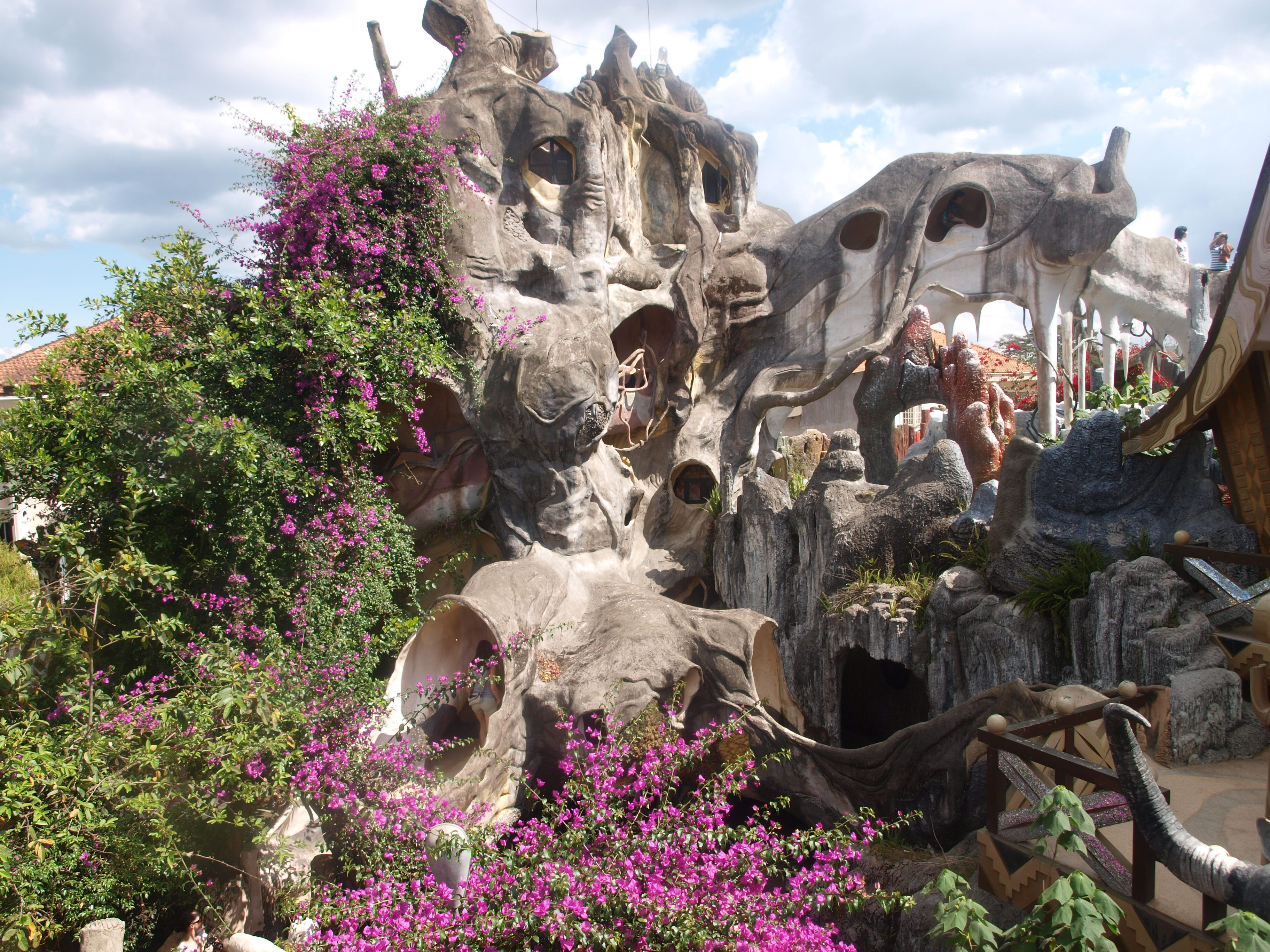 Vietnam Treehouse Part - 45: Building