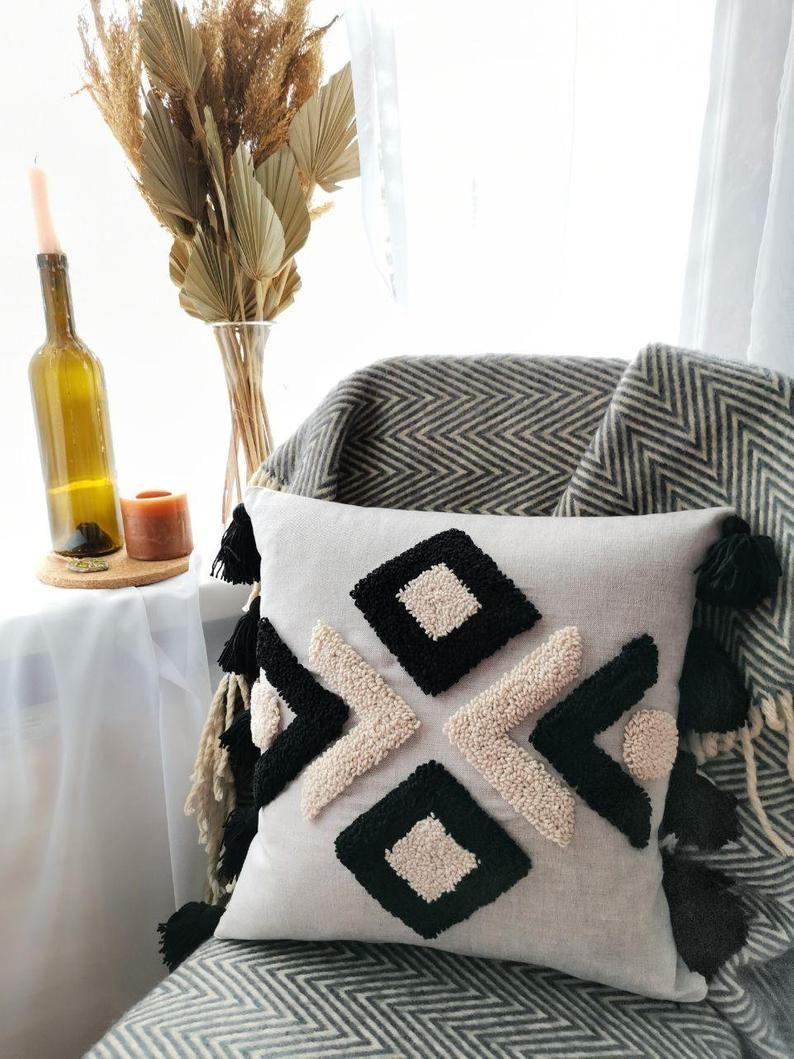 Geometric linen pillowcase - Linen Pillow Cover- Decor Pillowcase – Handmade - Punch needle