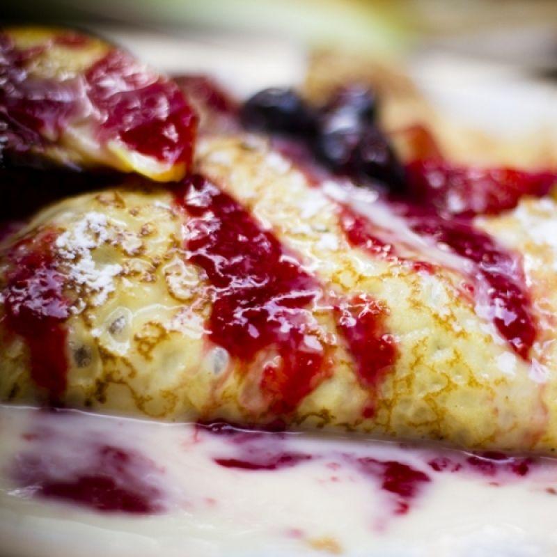 how to make dessert crepes filling