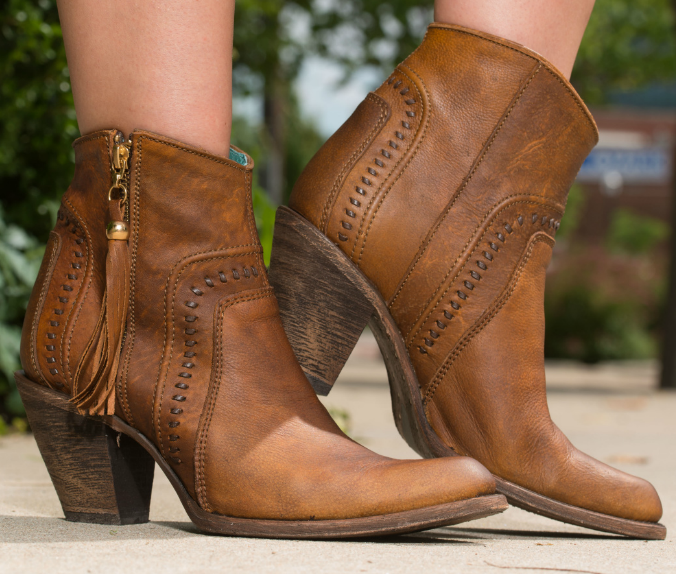Boots, Ankle cowboy boots, Cowboy boot