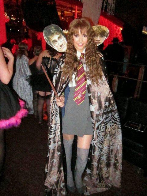 Resultado de imagem para nina dobrev halloween costume