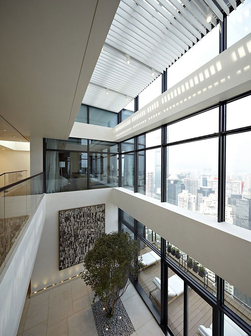 Amazing Duplex Penthouse in China by Kokaistudios