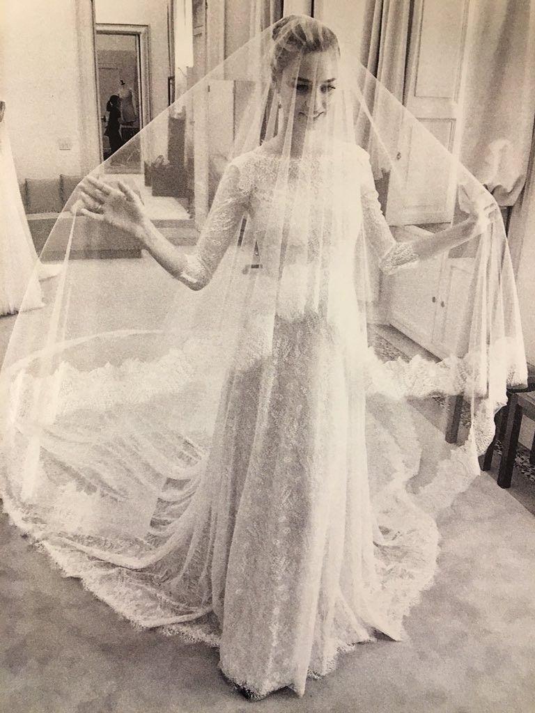 Beatrice Borromeo Shared Never Before Seen Wedding Photos Valentino Wedding Gowns Royal Wedding Dress Wedding Dresses Photos