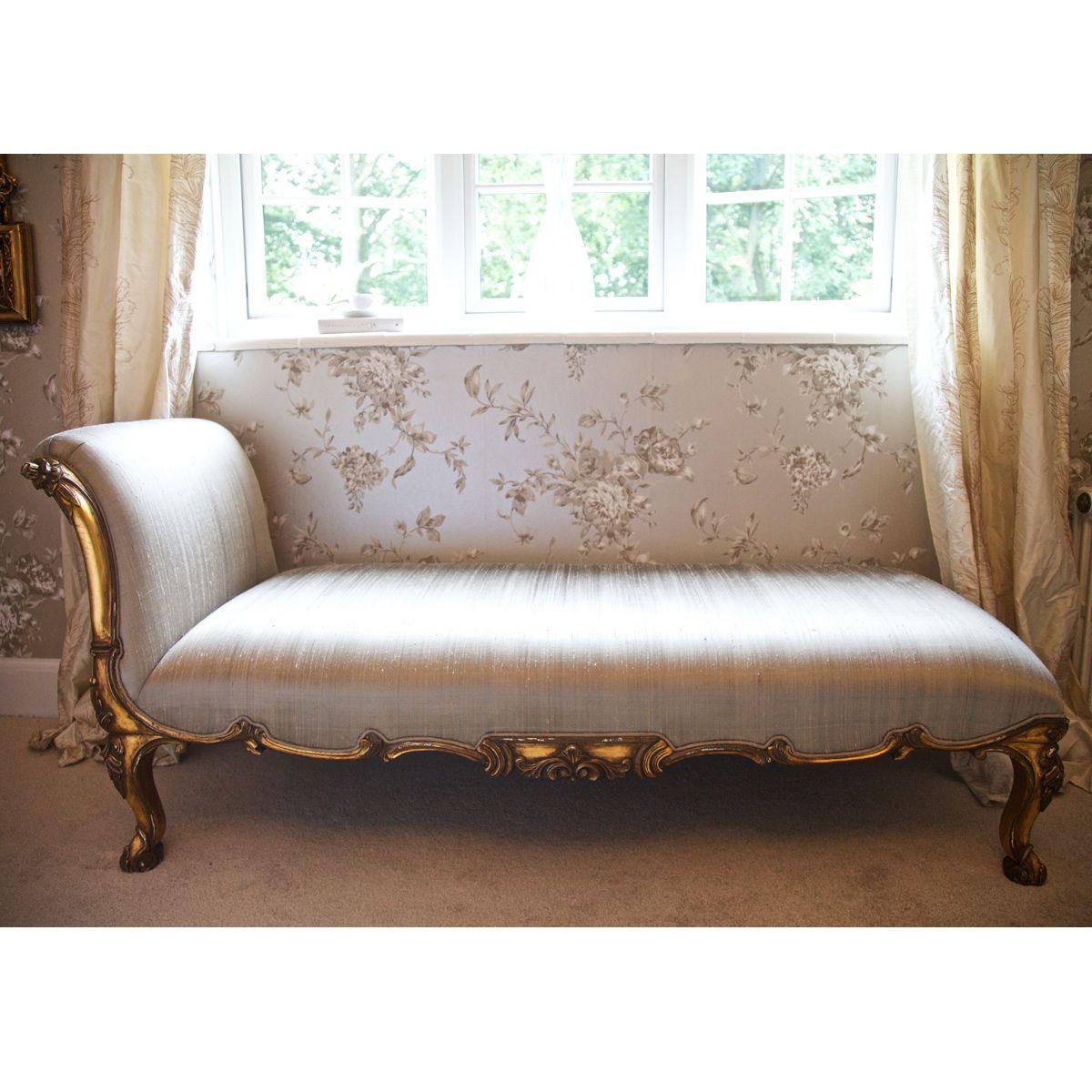 Versailles Gold Chaise Longue (Image 3)