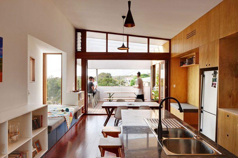 david barr + ross brewin architects: suburban beach house