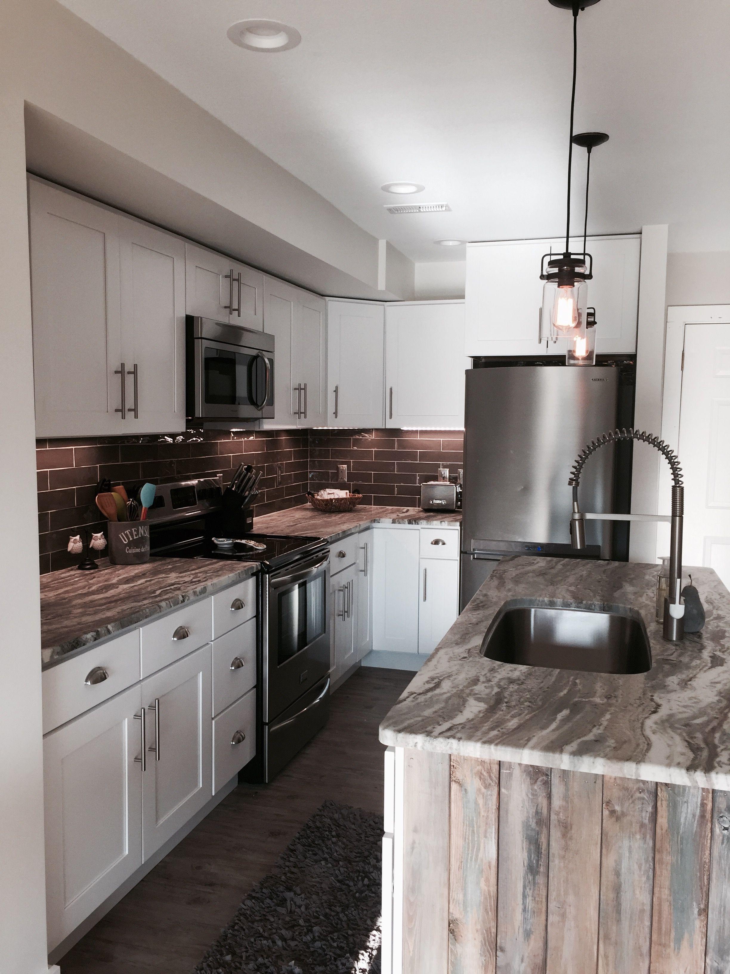brown fantasy leathered finish granite countertops farmhouse design kitchen cabinets on farmhouse kitchen granite countertops id=44055