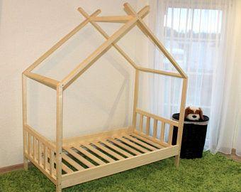 Toddler bed, nursery crib, children bed, Montessori bed, kid bed, wood bed, children home, waldorf toy, kids bedroom, floor bed